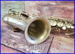 CG Conn LTD Elkhart 1119954 Alto Saxophone Sax Instrument w Hard Case 123301 L
