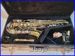 Saxophone Yamaha YAS-23 Alto Sax with Mouthpiece and Hard Yamaha Case